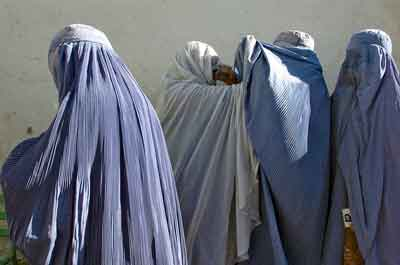 Afghan women waiting to vote in 2009 elections.